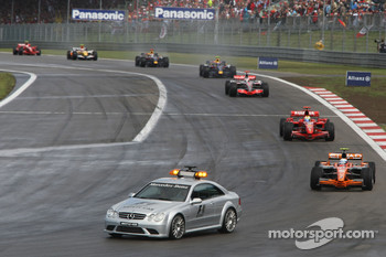 Markus Winkelhock, Spyker F1 Team, F8-VII and Felipe Massa, Scuderia Ferrari, F2007, behind the safety car