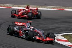 Fernando Alonso, McLaren Mercedes, Kimi Raikkonen, Scuderia Ferrari
