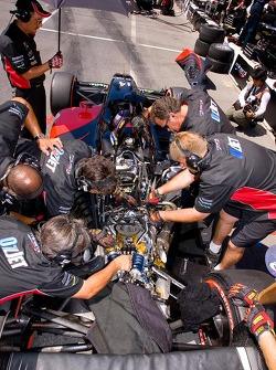 Minardi Team USA work on Champ Car