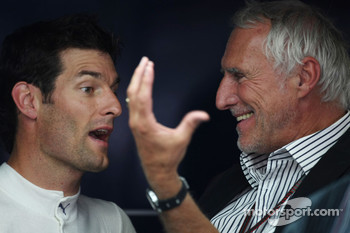 Mateschitz: Webber would be a bad racer if he did not try