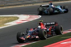 Sebastian Vettel, Scuderia Toro Rosso, Jenson Button, Honda Racing F1 Team