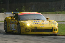 #3 Corvette Racing Corvette C6-R: Johnny O'Connell, Jan Magnussen