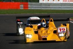 #19 Chamberlain-Synergy Motorsport Lola B06/10-AER: Gareth Evans: Marc Gene, Nicolas Minassian