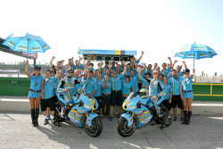 The Rizla+ Suzuki team celebrates