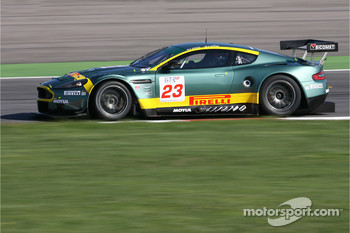#23 Aston Martin Racing BMS Aston Martin DB9: Fabio Babini, Jamie Davies