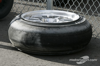 An odd looking tire
