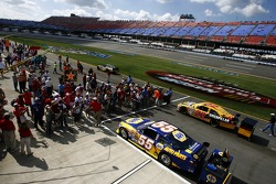 Fans watch the starting grid