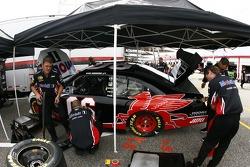 Mobil 1 Dodge crew members at work