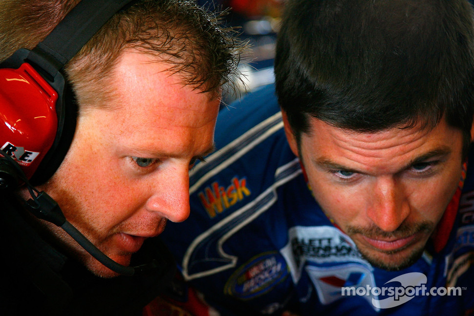 Mike Shiplet works with Patrick Carpentier