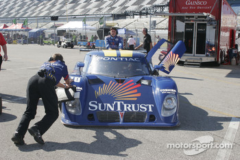 #10 SunTrust Racing Pontiac Riley: Wayne Taylor, Max Angelelli, Ricky Taylor, Michael Valiante