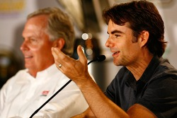 Press conference at the Doral in Miami: team owner Rick Hendrick and Jeff Gordon
