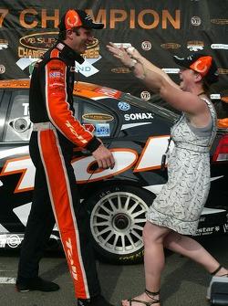 Garth Tander wins the 2007 V8 Supercar Championship