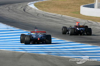 Pedro de la Rosa, Test Driver, McLaren Mercedes on slick tyres and David Coulthard, Red Bull Racing