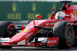 Terceiro Sebastian Vettel, Ferrari SF15-T