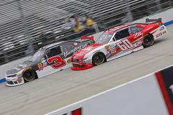 Chris Buescher, Roush Fenway Racing Ford and Ty Dillon, Richard Childress Racing