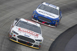 Greg Biffle, Roush Fenway Racing Ford and Ricky Stenhouse Jr., Roush Fenway Racing Ford