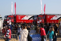 Red Line Off-Road Team, Mundo Dakar event: Red Line Off-Road Team service trucks