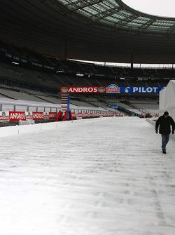 Track preparations