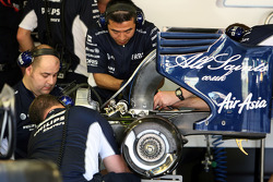Technical Feature, gear box changes on the car of Nico Rosberg, WilliamsF1 Team