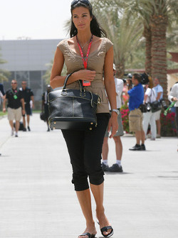 Karen Minier, Fiancée of David Coulthard