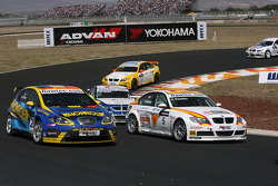 Stefano d'Aste, Proteam Motorsport, BMW 320si and Felix Porteiro, BMW Team Italy-Spain, BMW 320si