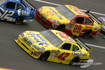 Juan Pablo Montoya and Kevin Harvick