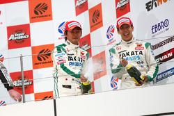 GT500 podium: third place Kazuho Takahashi and Hiroki Katoh