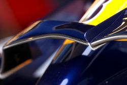 Renault R28 fornt wing detail