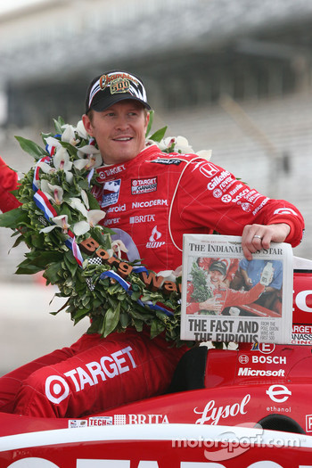 Scott Dixon and morning paper