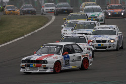 Start action for the second group: #137 BMW 320is: Matthias Behr, Theo Winkler, Harald Schlotter