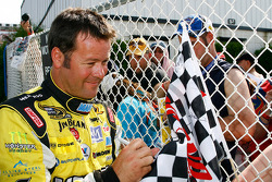 Robby Gordon signs autographs