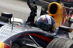 David Coulthard, Red Bull Racing, celebrates third