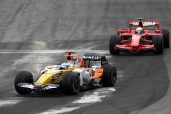 Fernando Alonso, Renault F1 Team , Felipe Massa, Scuderia Ferrari