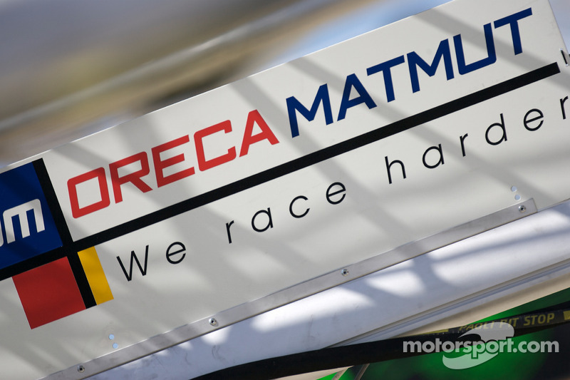 Team Oreca pit sign