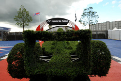 An F1 Car shape hedge
