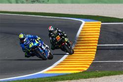 Aleix Espargaro, Team Suzuki MotoGP and Bradley Smith, Tech 3 Yamaha