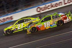 Kyle Busch, Joe Gibbs Racing Toyota and Paul Menard, Richard Childress Racing Chevrolet