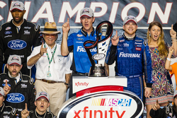 Championship victory lane: NASCAR XFINITY Series 2015 champion Chris Buescher, Roush Fenway Racing Ford celebratres with Jack Roush and his team