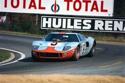 J.W. Automotive Engineering车队9号GT40