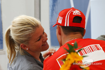 Corina Schumacher, Corinna, Wife of Michael Schumacher kisses her husband Michael Schumacher, Scuderia Ferrari