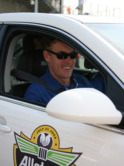 Honorary Starter, actor John McGinley of Scrubs, in an official Chevy car