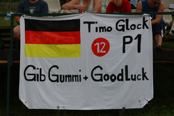 Timo Glock, Toyota F1 Team, fans