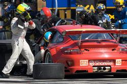 Pit stop for #45 Flying Lizard Motorsports Porsche 911 GT3 RSR: Jorg Bergmeister, Wolf Henzler
