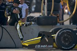 Tomas Scheckter stretches
