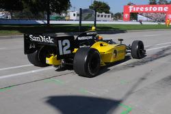 Tomas Scheckter leaving 30 laps down