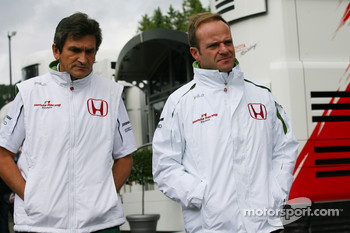 Rubens Barrichello, Honda Racing F1 Team and Jacky Eeckelaert, Honda Racing F1 Team, Chief Engineer ? Advanced Research Programmes