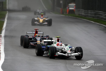 Rubens Barrichello, Honda Racing F1 Team, RA108 leads Sbastien Bourdais, Scuderia Toro Rosso, STR03