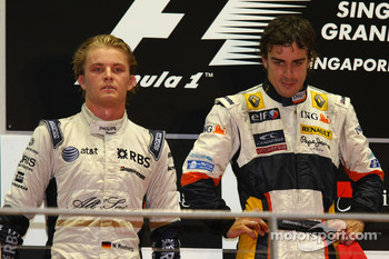 Podium: race winner Fernando Alonso, second place Nico Rosberg