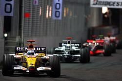 Fernando Alonso, Renault F1 Team, R28, Nico Rosberg, WilliamsF1 Team, FW30