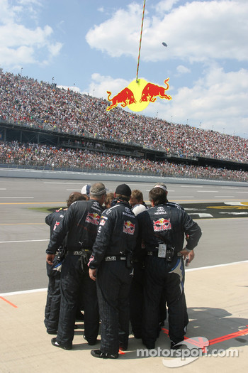 Red Bull Toyota crew members after National Anthem